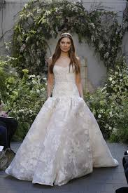 lhuillier bridal here s every look from lhuillier s bridal show 22 wedding