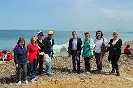 med si e social si è svolto a marsala clean up med intervento nella spiaggia salinella