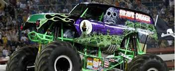 activision announces monster jam 2011 u2013 includes grave digger vg247