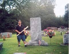sheriff buford pusser corvette grave of sheriff buford pusser standing to the grave flickr