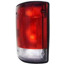 2002 ford excursion tail lights 00 01 02 03 ford excursion drivers side tail l lens cover