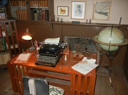 Desk 51 File Charmian London U0027s Typewriter Desk Jpg Wikimedia Commons