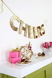 New Years Decorations Diy by 11 Diy New Year U0027s Eve Party Decorations To Start Now Brit Co