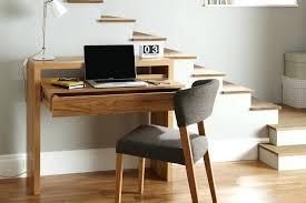 chaise bureau design pas cher chaise bureau scandinave table bureau moderne et peu encombrante