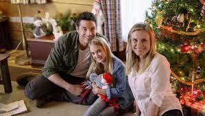 love you like christmas u0027 hallmark movie photos u0026 recap