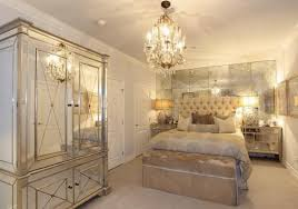 Mirrored Bedroom Furniture For Decorating Bedroom Ideas - Bedroom ideas with mirrored furniture