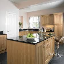 oak kitchen ideas oak kitchen design ideas 28 images oak kitchen cabinets casual