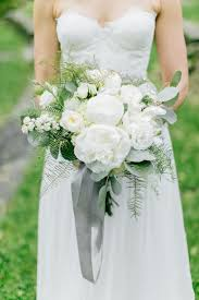 wedding flowers greenery 194 best white and green bouquets images on branches