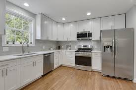 white shaker kitchen base cabinets buy white shaker assembled kitchen cabinets
