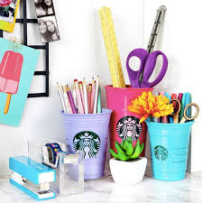 Diy Desk Decor Turn Your Starbucks Cups Into Desk Decor Girlslife