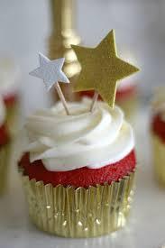 Hollywood Halloween Party Ideas Red Carpet Cupcakes Academy Awards Oscar Party Ideas