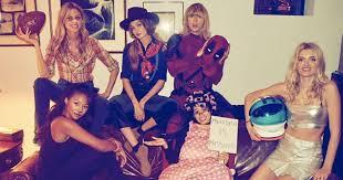 Deadpool Halloween Costume Taylor Swift Wears Ryan Reynold U0027s U0027deadpool U0027 Costume Halloween