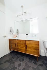 Cheap Bathroom Vanities Under 200 by Best 20 Discount Bathroom Vanities Ideas On Pinterest Bathroom