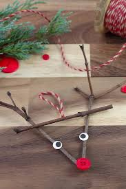 Diy Christmas Reindeer Decorations by 27 Diy Christmas Ornaments Kids Can Craft Hello Creative Family