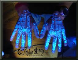 uv blacklight tribal design tattoo uv blacklight tattoos by