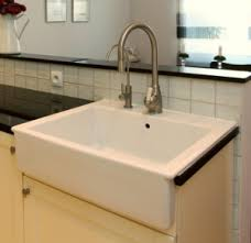 Kitchen Apron Sink Choosing The Right Kitchen Sink For Your Home Akdy Appliances