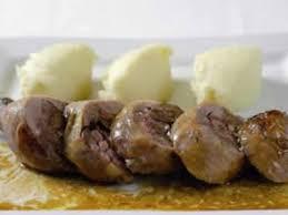 cuisiner des pieds de cochon recette alsace aumônière de pieds de porc au foie gras de canard