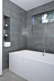 modernes badezimmer grau grau im badezimmer wanne fliesen design unser traum vom haus