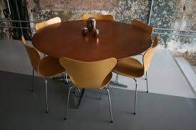 Knoll Dining Table by Florence Knoll Round Dining Table Six Arne Jacobsen Sevener