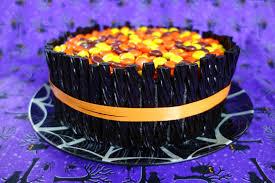 13 spooktacular halloween cakes