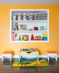 jeux de ranger la chambre chambre enfant etageres murales rangement salle de jeux enfant
