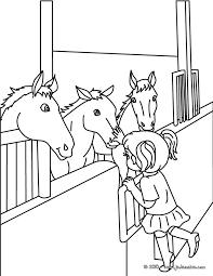 coloriages chevaux dans leur box à colorier fr hellokids com