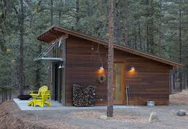 small modern ranch homes hilton construction modern passive solar ranch house methow