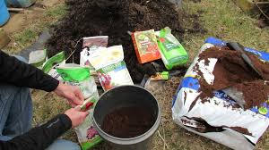 Soil Mix For Container Gardening - basic principles to making container soil cheaply u0026 fertilizing it