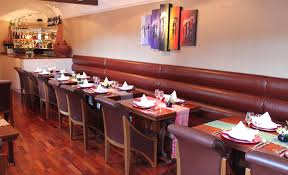 Banquette Seating Fixed Bench Fixed How To Impress Customers With Your Restaurant Seating Cube