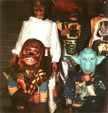 21 adorable photos of kids u0027 halloween costumes from the 1980s