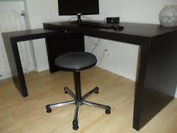 bureau malm table coulissante ikea great diy basic table ikea retaper un