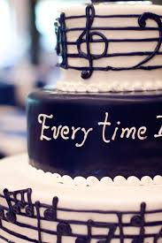 wedding cake song 16 best groom s cakes images on anniversary cakes