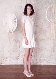 robe de tã moin de mariage 10 robes de mariée canons à moins de 300 euros pour la mairie