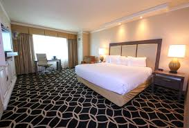 hotels with 2 bedroom suites in st louis mo hollywood casino st louis maryland heights mo 777 casino center 63043