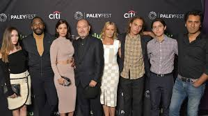 new walking dead cast 2016 fear the walking dead season 2 cast talks crossovers victor strand