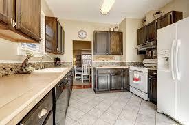 kitchen design white cabinets white appliances what color cabinets go with white appliances 10 great