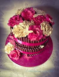 fuchsia pink and cream wedding cake how to make chocolate fingers