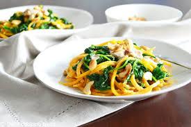 cuisiner les butternuts butternut squash noodles with spinach cashew sauce vegan