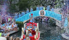 crowds flock to river walk for s parade san antonio