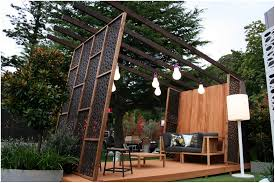backyards chic how to create a privacy screen in your backyard