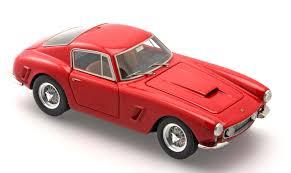 ferrari classic models bbr models 1961 ferrari 250 swb red bbr219a in 1 43 scale