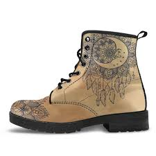 1114 best bottes souliers bottes to earth and on the moon boots yeswevibe