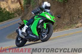 cbr bike green honda cbr300r abs vs kawasaki ninja 300 abs shootout