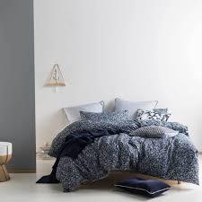 linen house products shop inside