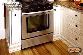 Molding Kitchen Cabinet Doors Crown Molding For Kitchen Cabinet Installation Click To View Shoe