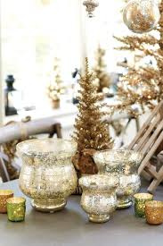 decorating for the holidays with suzanne kasler how to decorate suzanne kasler s holiday collection for ballard designs