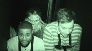 kevin hart jimmy fallon and kevin hart u0027s walk through a haunted house is the