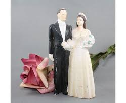 vintage wedding cake toppers bride and groom idea in 2017