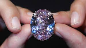 world s most expensive earrings pink diamond becomes world s most expensive gem again