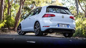 volkswagen gold volkswagen golf review specification price caradvice